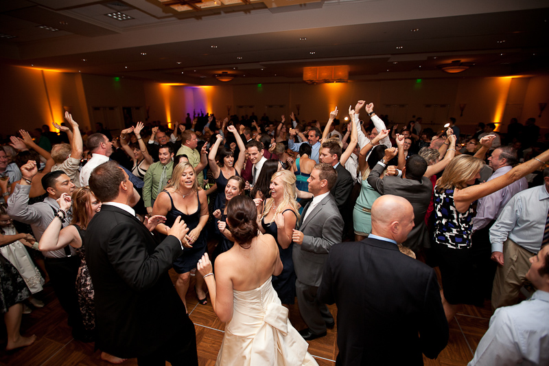 How We Differ From Other Rochester DJ Companies - Kalifornia Entertainment