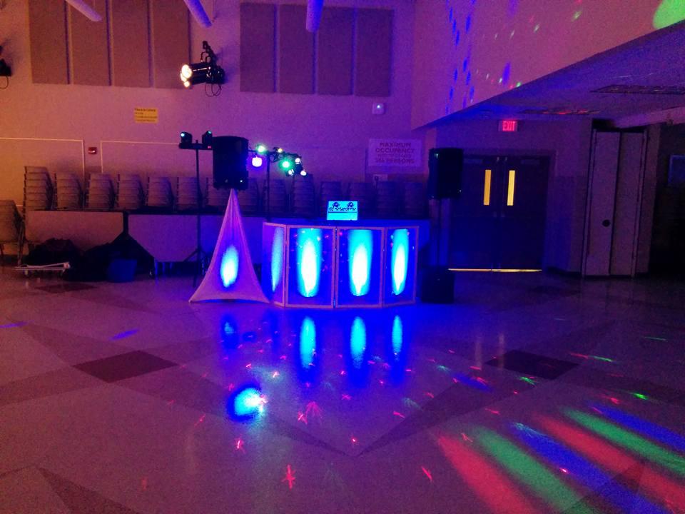 Rochester School Dance & Prom DJ | Rochester DJ | Wedding & Event Entertainment