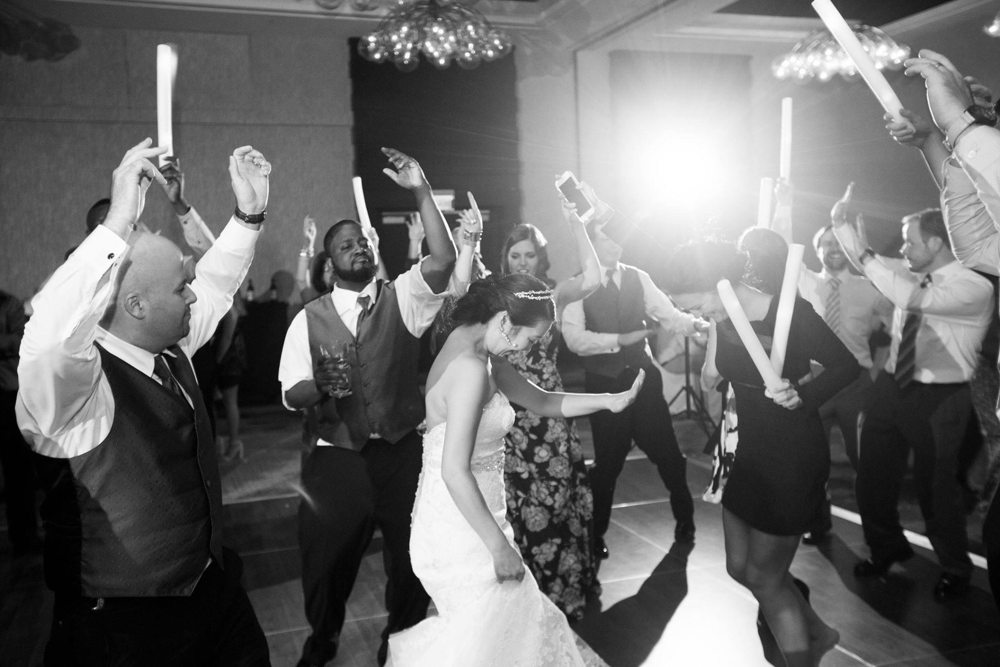 Hire a professional Rochester Wedding DJ | Rochester DJ