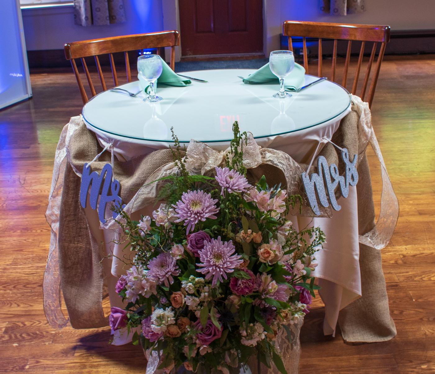 Rochester Wedding DJ | Glendoveers Reception
