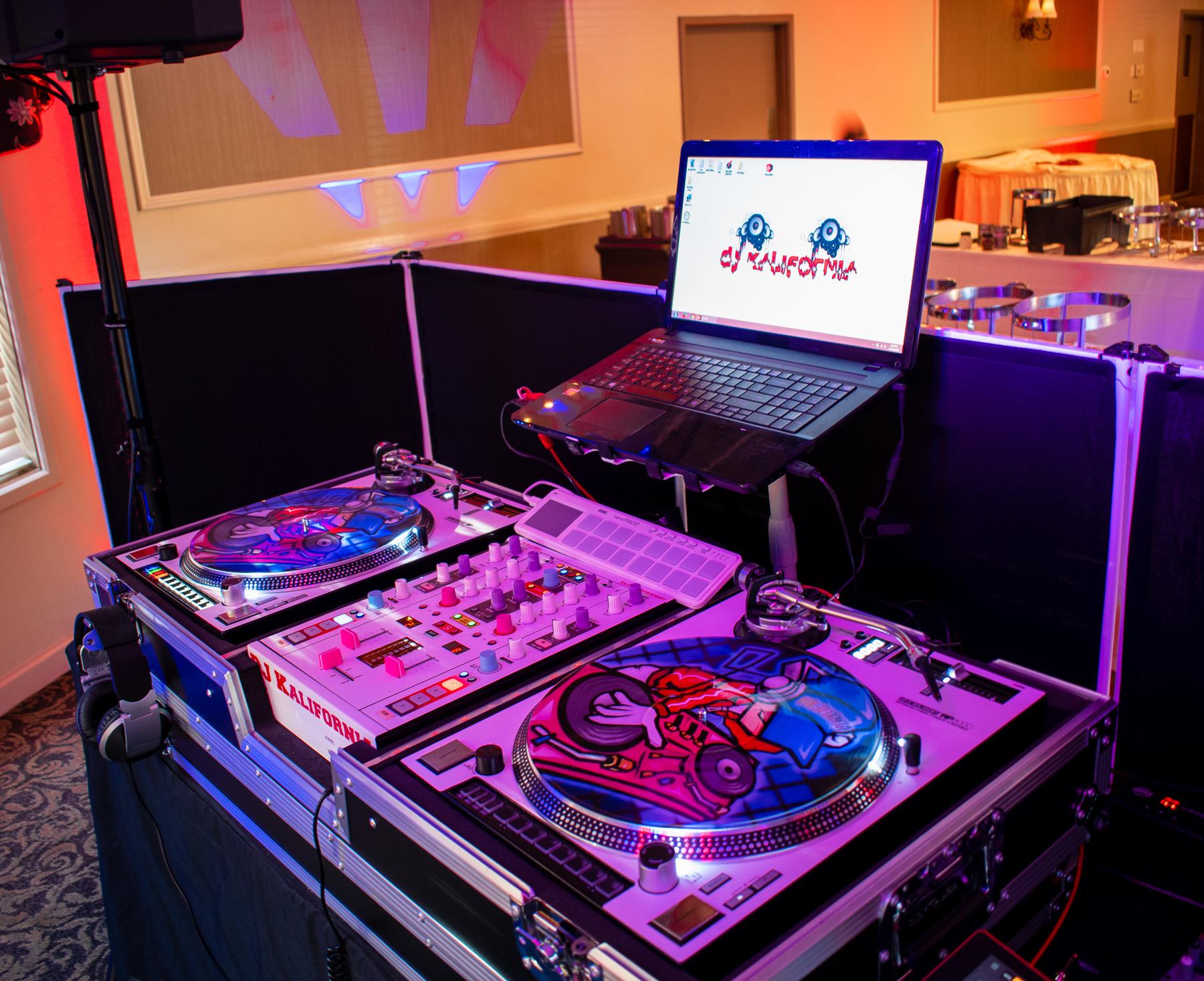 McCarthy Wedding   Burgundy Basin   Rochester DJ