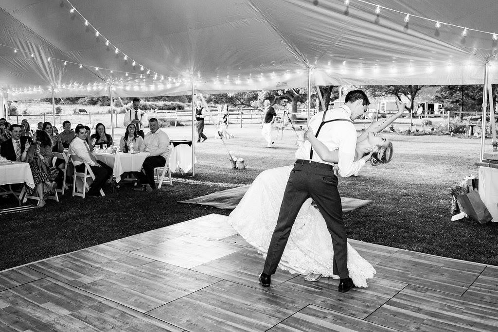 Having An Outdoor Wedding