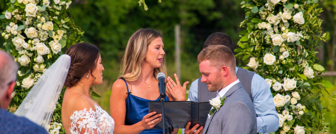 Cotton Wedding | Rochester DJ | Wedding Vendor Entertainment | Pomona Blue Barn