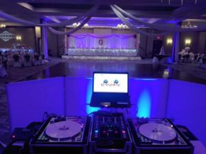 Double Tree Hotel Wedding in Henrietta, NY | Custom turntable set up | Rochester DJ | Rochester Wedding and Event Entertainment